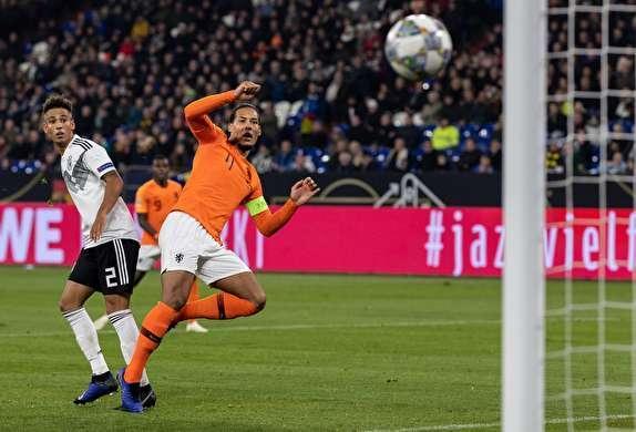 بسته نتایج لیگ ملت های اروپا بازگشت لاله های هلندی به قدرت با نابودی آلمان، قهرمان دنیا از صعود بازماند