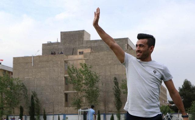 بختیار رحمانی: داور به اشتباه برای پرسپولیس پنالتی گرفت