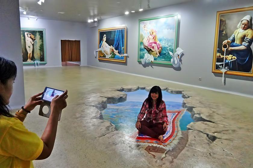 موزه سه بعدی حوزه رویا در اندونزی؛ جایی برای معتادان سلفی و عکاسی