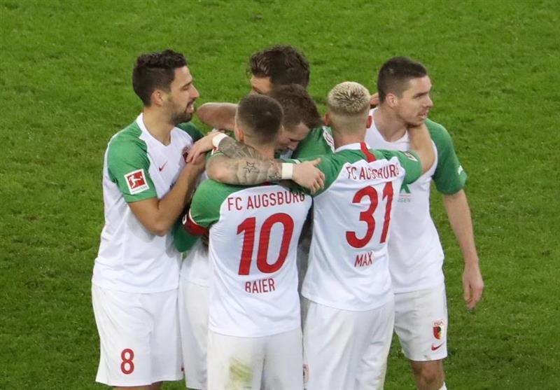 بوندس لیگا، شکست سنگین هرتابرلین 10 نفره در خانه آگزبورگ