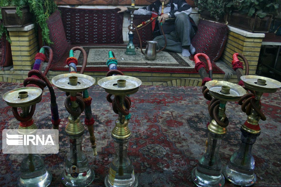 خبرنگاران استعمال قلیان در قهوه خانه ها و سفره خانه های آذربایجان شرقی ممنوع است