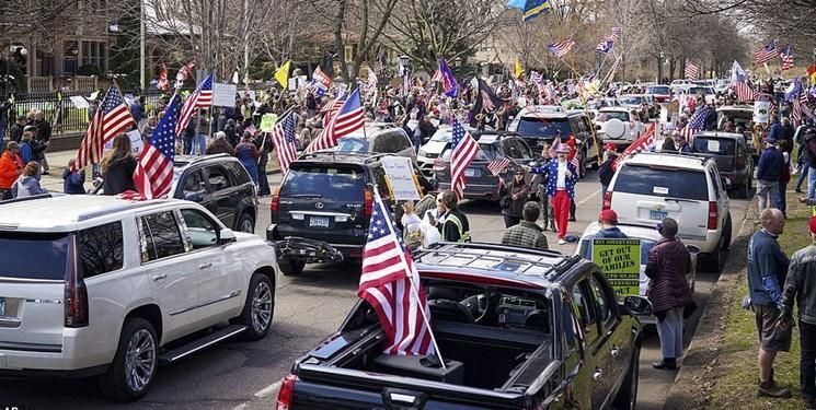 تصاویر ، تجمع هزاران آمریکایی علیه فرمانداران ایالتی به دعوت ترامپ