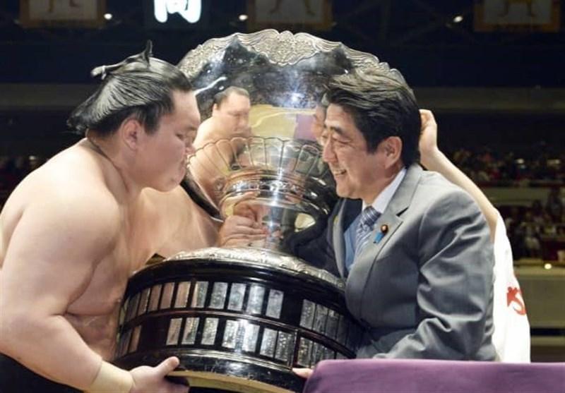 کشتی سومو قربانی جدید ویروس کرونا در ژاپن