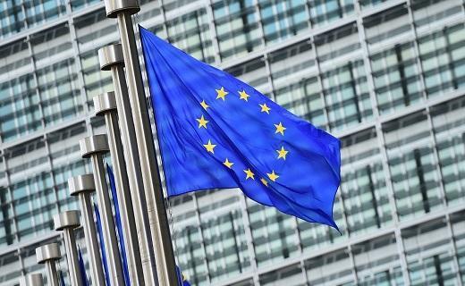انتقاد اتحادیه اروپا از آمریکا به دلیل لغو معافیت های هسته ای ایران