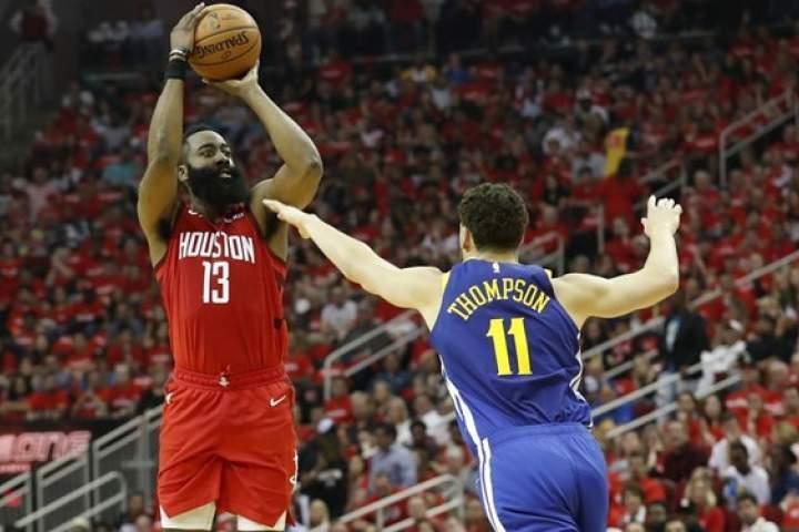 پیروزی هوستون با درخشش هاردن در NBA
