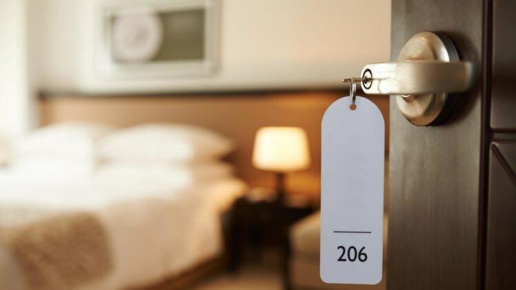 ضریب اشغال هتل در تهران با 50 درصد تخفیف نهایتا بین 5 تا 15 درصد است ، هتل های تهران 60 درصد ریزش دارند
