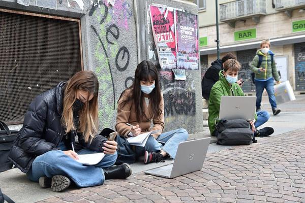 پدیده جدید و خطرناک در ایتالیا (عکس)