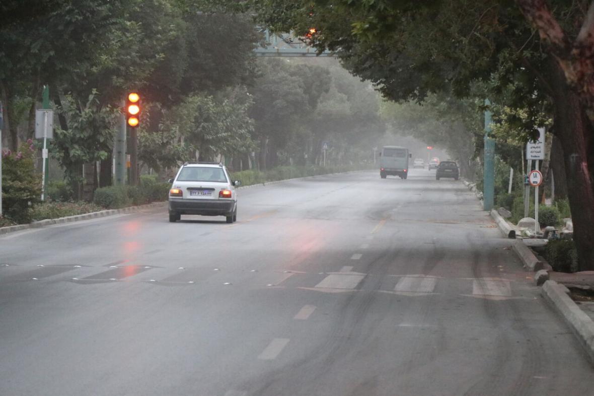 خبرنگاران باران هوای کلانشهر اصفهان را تلطیف و سالم کرد