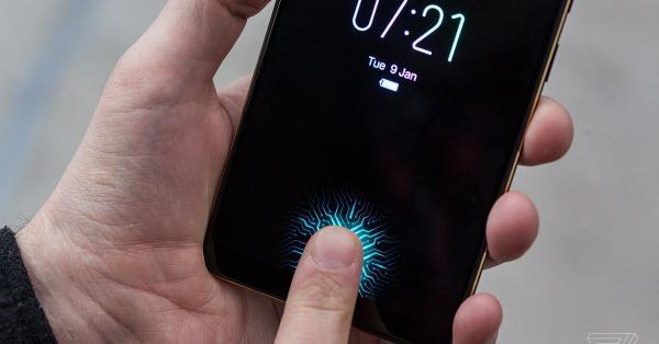 عَرضه آی فون 2021 با تاچ آیدی