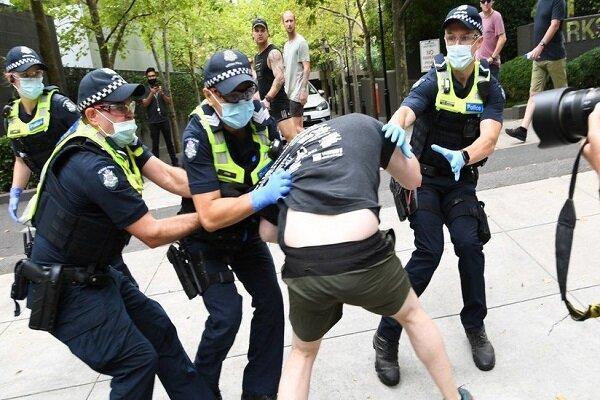 اعتراضات ضد واکسیناسیون کرونا در شهرهای مختلف استرالیا برگزار گردید