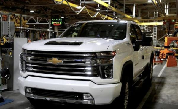 کمبود تراشه مصرف سوخت وانت های جنرال موتورز را بیشتر می نماید