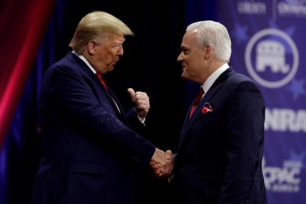 ترامپ در نشست مهم محافظه کاران سخنرانی می نماید