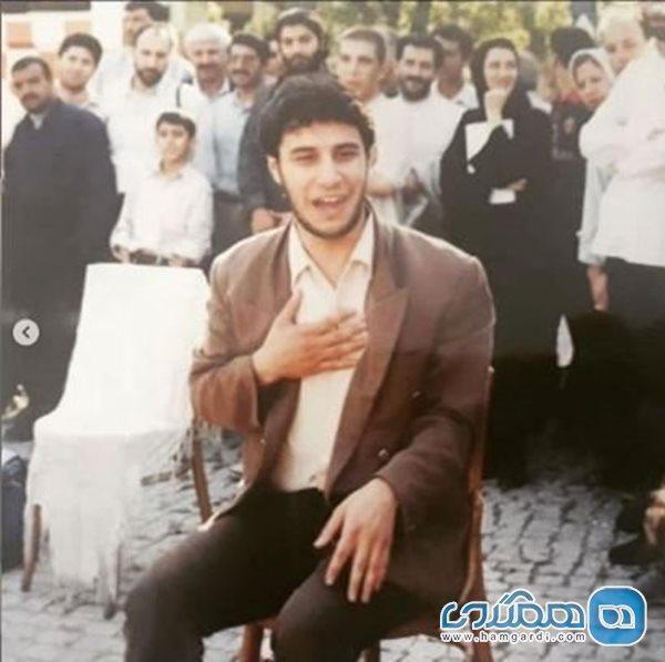 وقتی جواد عزتی در نمایش خیابانی بازی می کرد