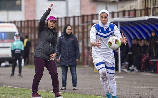 سرمربی تیم ملی فوتبال زنان ایران: برای نخستین بار به تیم ملی فوتبال زنان ارزش و بهایی داده شد